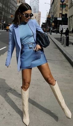 Camila Coelho wearing pointy off white cream knee high boots with high heel # Outfits autumn Camila Coelho Off White Boots Street Style Autumn Winter 2020 on SASSY DAILY Fashion 2020, Look Fashion, Winter Fashion, Fashion Trends, Fashion Hacks, Womens Fashion, High Fashion Style, Summer Street Fashion, Fashion Boots