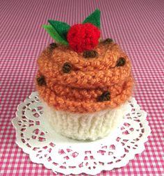 Cupcake KNITTING PATTERN Pumpkin Cupcake by LiliaCraftParty
