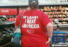Random People At Walmart | ... shoppers, look at yourself (35 Photos) » funny-walmart-shoppers-32