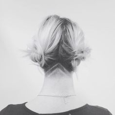 undercut // need. precious little peekaboo by the lovely @thealiamirian. Lob Hairstyle, Undercut Hairstyles, Pretty Hairstyles, Undercut Styles, Hair Styles 2016, Short Hair Styles, Shaved Undercut, Undercut Pixie, Collateral Beauty