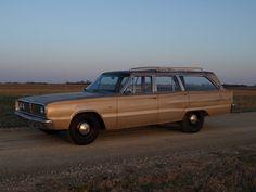 Sleeper 1967 Dodge Coronet 440 station wagon