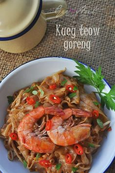 Rice noodles, Seafood and Noodles on Pinterest