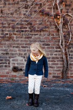 Toddler style, Urban three year old photo session, Scarf and boots. Fall photo session. Layers! What to wear for photo session? www.kpechaphotography.com