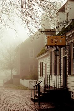Shields Tavern and Palmer House Colonial Williamsburg-love the look and the misty photo. The Places Youll Go, Places To Visit, Gloucester Street, Palmer House, Williamsburg Virginia, Colonial Williamsburg Va, Virginia Is For Lovers, Old Dominion, Colonial America