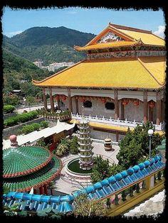 Buddhism In Malaysia http://tuxedocat007.typepad.com/flashcardhistory/2013/06/buddhism-in-malaysia.html