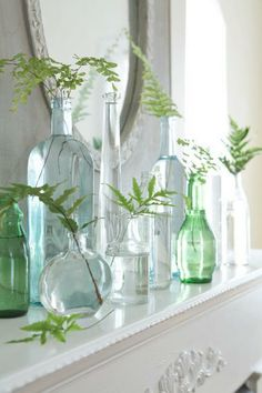 Super-easy spring color: Even if it's still cold outside, you can bring spring colors inside! More ideas: http://www.midwestliving.com/homes/entertaining/spring-centerpieces/page/3/0