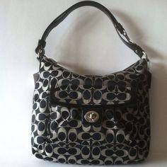 Coach Handbag F19232 RETAIL 298.00, sells for $139.00 at giaconis-boutique.com