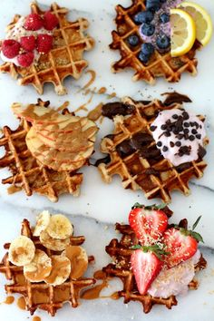 The best-ever fluffy yogurt protein waffles require just 4 ingredients, 10 minutes and 1 bowl. They are perfectly thick, soft, sweet and packed with nutritional benefits. Vegetarian Protein Powder, Waffle Bar, Waffle Toppings, Think Food, Cafe Food, Waffle Recipes, Aesthetic Food, Food Cravings, Food Truck