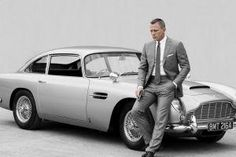 Discover our fabulous collection of James Bond Daniel Craig suit. if you want to know How to dress like James Bond than read this Daniel Craig style guide. Terno James Bond, James Bond Suit, Bond Suits, James Bond Cars, James Bond Movies, James Bond Style, Daniel Craig James Bond, Daniel Craig Suit, Craig 007