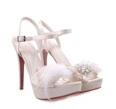 PARIS HILTON Ivore Bridal Satin High-heeled Sandals. Γυναικεία ιβουάρ σατέν νυφικά πέδιλα.
