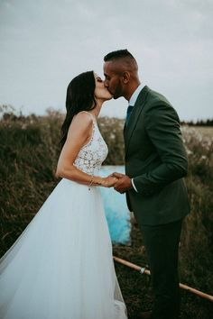 You'll be head over heels for this boho-styled wedding inspo that takes place on a lovely prairie Interracial Celebrity Couples, Interracial Wedding, Nathan Walker, Elegant Ball Gowns, Princess Prom Dresses, Bohemian Wedding Inspiration, Gorgeous Wedding Dress, Groom Style, Designer Wedding Dresses