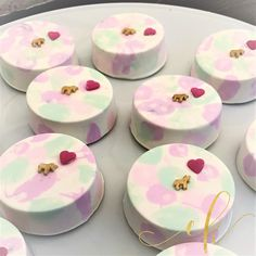 Chocolate covered Oreo Cookies for a unicorns themed birthday party. Unicorn Themed Birthday Party, Birthday Party Themes, Chocolate Covered Oreos, Oreo Cookies, Cookie Jars, Unicorns, Pudding, Cupcakes, Sweets