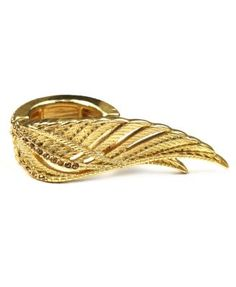 Winged Ring  <3