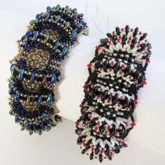 by Ronel Durandt‎ Beadwork, Beading, Beaded Jewelry, Beaded Bracelets, Peyote Stitch, Lentils, Jewelery, Projects To Try, Bangle Bracelets