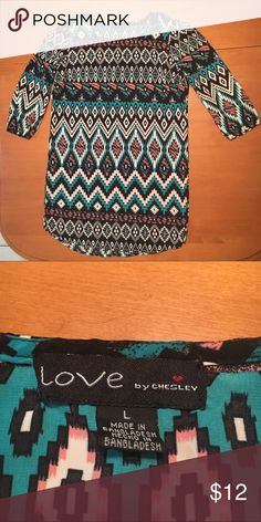 Aztec shift dress 3/4 sleeves and light weight material. Hits above the knee. Very good used condition. Fits more like a medium but tag says large. Home is smoke and pet free. Dresses Midi