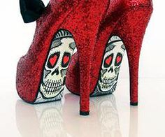 """Red Glitter """"Talyor Says"""" Skull heels Red Shoes, Cute Shoes, Me Too Shoes, Awesome Shoes, Unique Shoes, Shoes Heels, Sexy Heels, Vans Shoes, Maquillage Phosphorescent"""