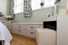 Our fitted bedrooms, kitchens & home office furniture perfectly fit into your home & lifestyle. At Hammonds we'll help you find the design that's right for you. Linen Baskets, Fitted Bedrooms, Fitted Wardrobes, Tall Ceilings, Sash Windows, Brushed Metal, Seat Pads, Shaker Style, Home Office Furniture