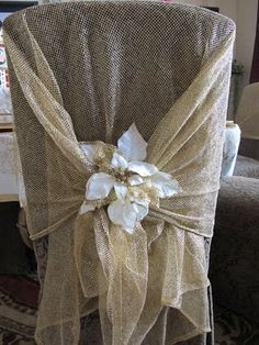 love this chair back drape for a Christmas table setting