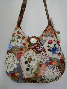 Crazy quilt bag - mis bolsos, carteras y bolsos hechos a mano ., Crazy quilt bag - mis bolsos, carteras y bolsos hechos a mano a mano # bolsas # Loco The actual baby blanket – that also features a minuscule clean major along with hide – took Pauline . Crazy Quilt Stitches, Crazy Quilt Blocks, Crazy Quilting, Patchwork Bags, Quilted Bag, Boho Bags, Purse Patterns, Embroidery Patterns, Quilt Patterns