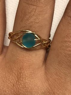 Blue Sea Glass Gold Woven Wire Adjustable Ring - Blue Adjustable Ring on . - Blue Sea Glass Gold Woven Wire Adjustable Ring – Blue adjustable ring made of gold-plated sea gla - Wire Jewelry Rings, Sea Glass Jewelry, Metal Jewelry, Diy Jewelry, Beaded Jewelry, Diy Rings From Wire, Jewelry Tree, Silver Jewelry, Diy Stone Rings