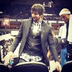LOVE HIS OUTFIT!!! <3