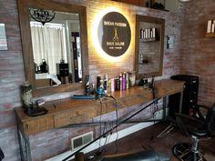 Love this custom table Beauty Salon Decor, Beauty Salon Design, Beauty Salon Interior, Barber Shop Interior, Barber Shop Decor, Hair Stations, Salon Stations, Home Hair Salons, Home Salon