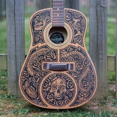 #StrawCastle hand-drew all of this on the guitar in black Sharpie. Amazing.