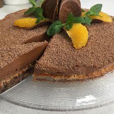Annes kake, døpes i dag om til Ingebjørgs kake (Ingebjørg Bratland) -glutenfri - Mandelbun