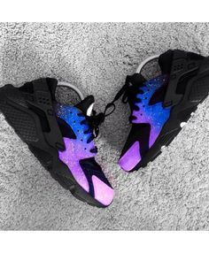 Nike Air Huarache Magic Galaxy Royal Blue Purple Trainer Excellent quality, absolutely genuine, welcome to choose. Sneakers Mode, Cute Sneakers, Sneakers Fashion, Shoes Sneakers, Sneakers Workout, Sneakers Adidas, Vans Shoes, Fashion Shoes, Running Shoes