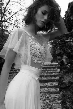 Wedding Dress for Love Liz Martinez Bridal Selection Milan 2015 Dresses Elegant, Stunning Wedding Dresses, Sexy Dresses, Wedding Gowns, Girls Dresses, Mod Wedding, Lace Wedding, Bridal Collection, Bridal Dresses