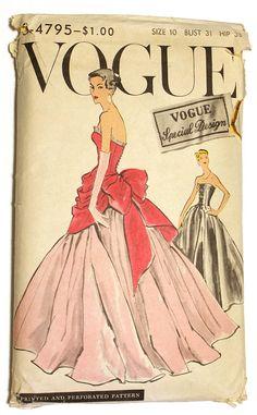1957 Vintage Vogue Sewing Pattern Evening Dress for sale online Vintage Vogue Patterns, Vogue Sewing Patterns, Clothing Patterns, Vintage Outfits, Vintage Dresses, Vintage Fashion, Gothic Fashion, Vintage Clothing, Evening Dress Patterns