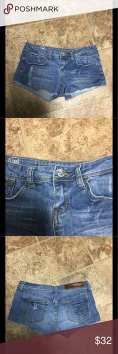 """Fox Racing Denim Dylan Shorts Size 1/25 Fox Racing Dylan Jean Shorts. Size 1/25. Worn only once and in Brand new condition. Item # 138078.   Description: Fox Womens Dylan Shorts Might Just Be the Ultimate Pair of Denim """"Short-Shorts"""" in the World! Raw-Edged Leg Openings and a Hint of Inner Pocket Peeking Out Give Dylan Shorts That Coveted Cut-Off Look.   -Four Pocket Styling With Small Coin Pocket.  -Zip Fly With Logo Button Closure -Embroidered Logo on Back Pocket -Brand Name Along…"""