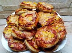 Szénhidrátcsökkentett pizza Dia Wellness pizzalisztből. Csökkentett szénhidráttartalmú mini pizza vendégvárónak, diétás reggelire, ebédre, útravalónak! >>> Diabetic Recipes, Diet Recipes, Healthy Recipes, Baked Potato, Cauliflower, Hamburger, French Toast, Paleo, Healthy Eating