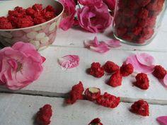 Pralines Roses, Lyonnaise, Raspberry, Vegetables, Fruit, Food, Gourmet Desserts, Colored Sugar, Ride Or Die