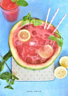 Lemoniada arbuzowa z miętą - słodka i orzeźwiająca - Everyday Delicious Spiked Watermelon, Watermelon Mint Lemonade, Watermelon Sangria, Sweet Watermelon, Non Alcoholic Cocktails, Detox Smoothie Recipes, Vegetable Smoothies, Fresh Mint Leaves, Healthy Fruits