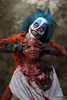 Clown - Skinned Alive 1 - Horrify Me, horror photography and portraits of… Horror Icons, Horror Art, Horror Movies, Insane Clown, Creepy Clown, Creepy Stuff, Clown Horror, Horror Photography, Horror Pictures