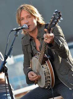 Keith Urban - Keith Urban Celebrates His Hit New Song Good Lord, those eyes!!!!!!!!!