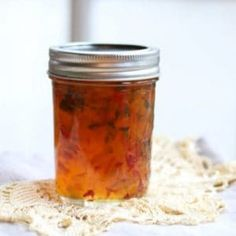 Deliciously Easy Homemade Hot Pepper Jelly Recipe - A Fork's Tale Canning Pepper Jelly, Green Pepper Jelly, Canning Hot Peppers, Jam Recipes, Canning Recipes, Sauce Recipes, Cooker Recipes, Jalapeno Jelly Recipes, Pepper Jelly Recipes