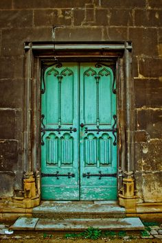 Who knew doors could be so pretty?