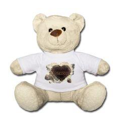 """#Kuschelbär mit #Herz und Aufschrift """"Be strong""""(wahlweise). #Geschenkidee für kleine Angsthasen, die noch etwas #Mut brauchen können, damit sie #tapfer durchhalten :-) #Teddybär #Motivation #Mut #Liebe #Kindergeschenke #Valentin"""