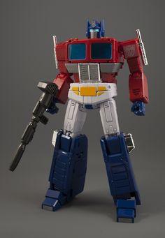 Transformers Masterpiece MP-44 Convoy (Optimus Prime)