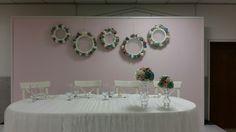 Brautpaar Tisch mit viel Spitze und Tüll
