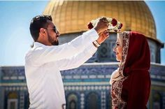 You're my queen .. what other love then a love at Al-Quds ?