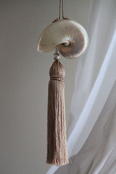 tassel with shell