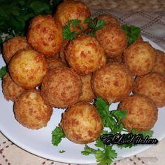 EL's Kitchen: Кашкавалени топчета