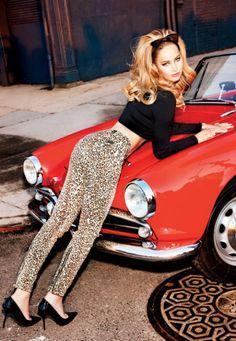 Jennifer Lawrence exibe o corpão na Vanity Fair