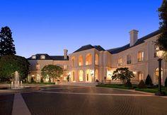The Spelling Manor  ✿ Colors are just right ༺༻  #Irvine, #California #Home IrvineHomeBlog.com