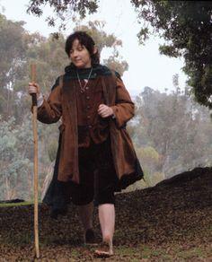 Everything to http://media-cdn.pinterest.com/upload/279856564314333503_zxHcvuez_b.jpgmake Hobbit costumes on this site