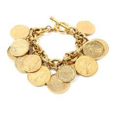Le bracelet Moroccan Coin de Ben-Amun http://www.vogue.fr/joaillerie/le-bijou-du-jour/diaporama/le-bracelet-moroccan-coin-de-ben-amun-pieces-d-or/16680