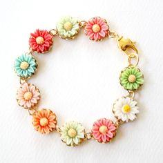 Girls Daisy Bracelet via Etsy